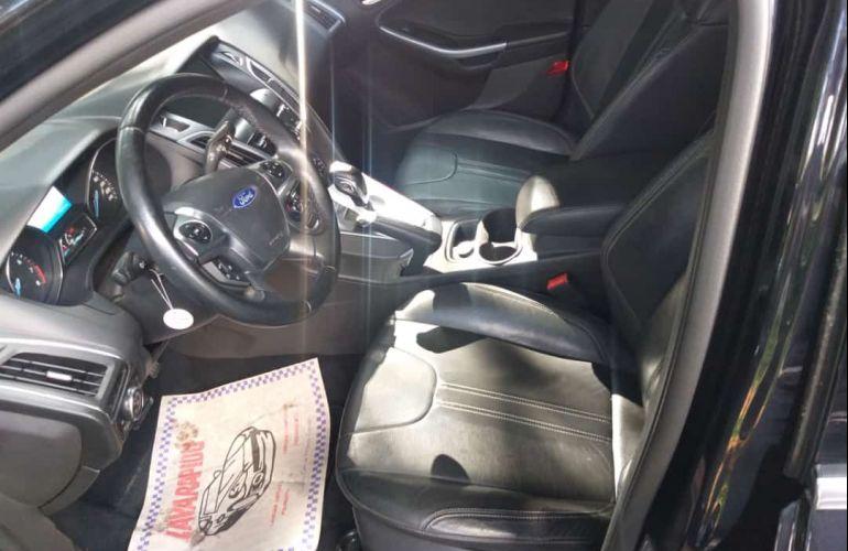 Ford Focus Sedan Titanium 2.0 16V PowerShift - Foto #1