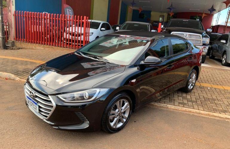 Hyundai Elantra 2.0 GLS (Aut) (Flex) - Foto #2