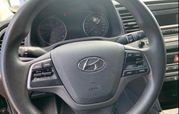 Hyundai Elantra 2.0 GLS (Aut) (Flex) - Foto #9