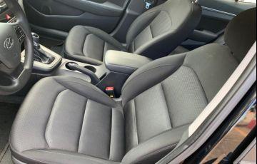 Hyundai Elantra 2.0 GLS (Aut) (Flex) - Foto #10