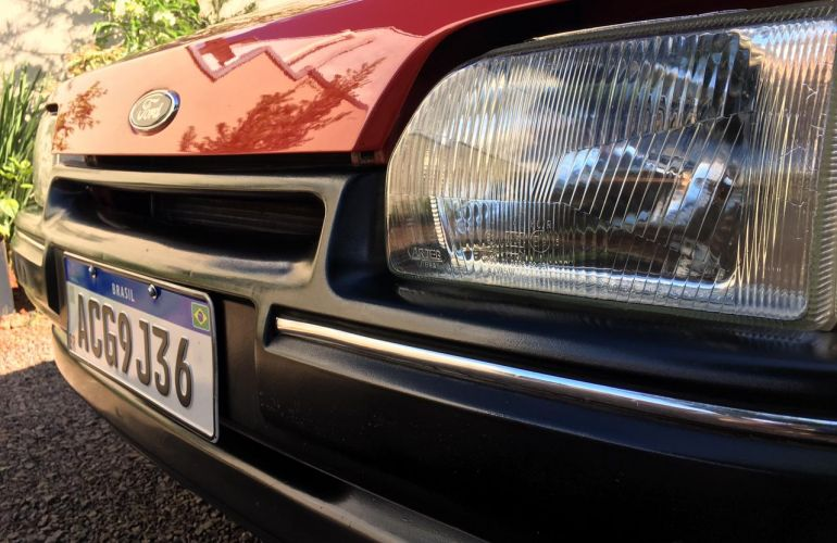 Ford Escort Hatch GL 1.6 - Foto #8