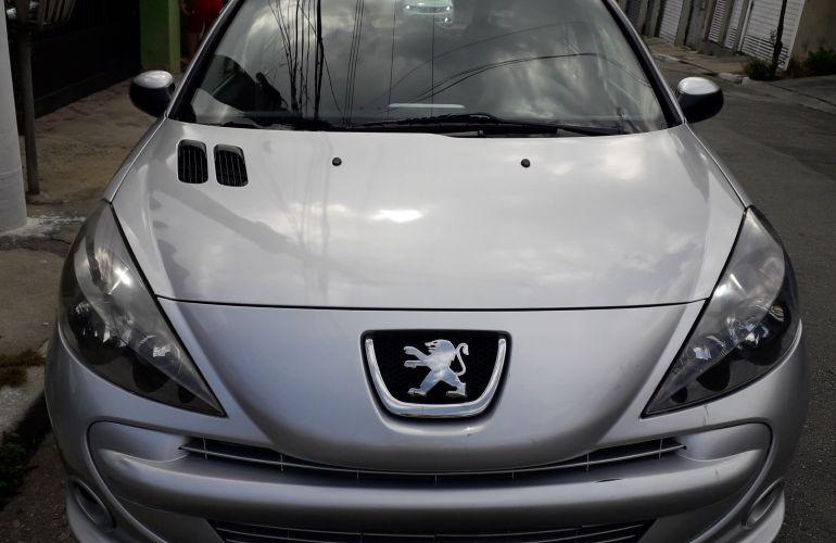 Peugeot 207 Hatch Quicksilver 1.6 (flex) - Foto #3