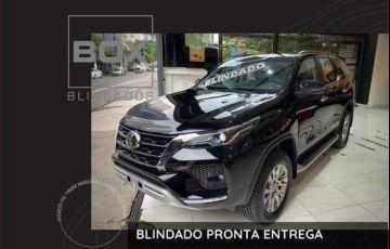 Toyota Hilux Sw4 2.8 D-4d Turbo Srx 7l 4x4