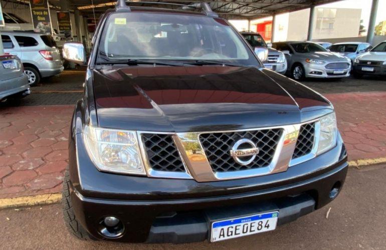 Nissan Frontier LE 4x4 2.5 16V (cab. dupla) (aut) - Foto #1