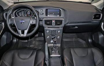 Volvo V40 2.0 T5 Cross Country AWD Turbo - Foto #6
