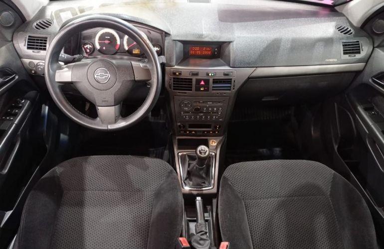 Chevrolet Vectra 2.0 MPFi Gt Hatch 8v - Foto #5