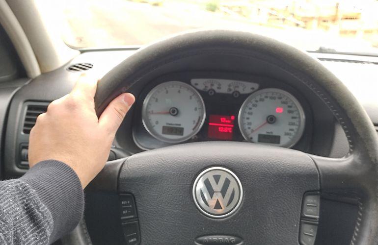 Volkswagen Golf 1.6 Total (Flex) - Foto #1