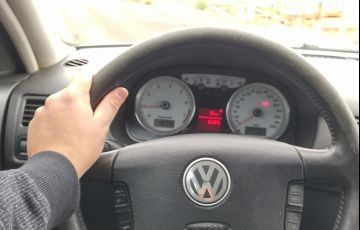 Volkswagen Golf 1.6 Total (Flex)