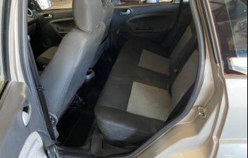 Ford Fiesta Sedan Rocam 1.6 8V Flex - Foto #5