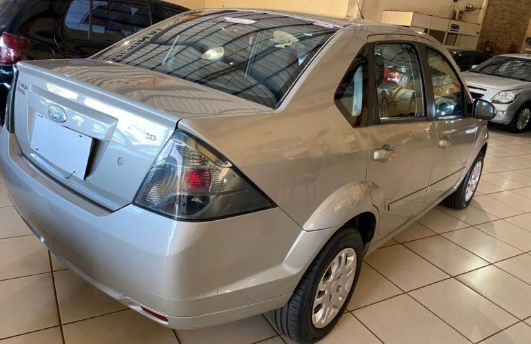 Ford Fiesta Sedan Rocam 1.6 8V Flex - Foto #7