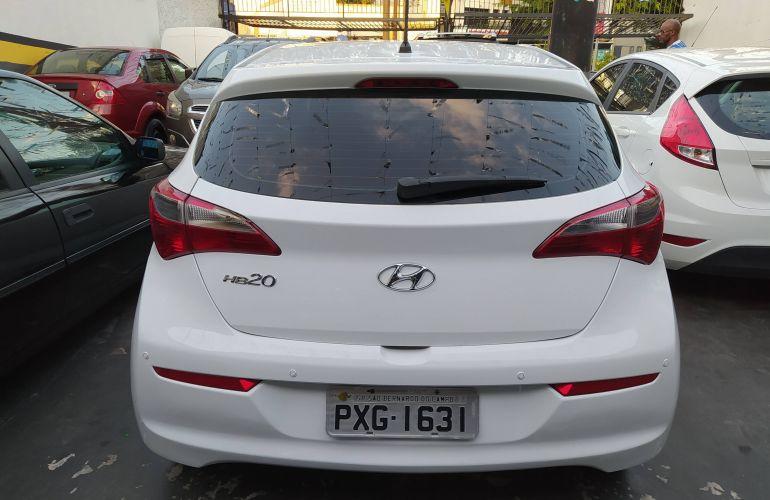 Hyundai HB20 1.6 Comfort Plus - Foto #4