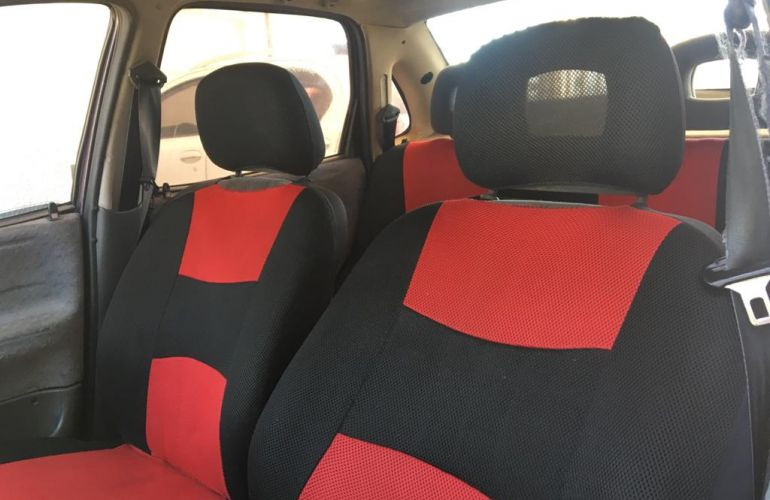 Chevrolet Corsa Sedan GL 1.6 MPFi - Foto #3
