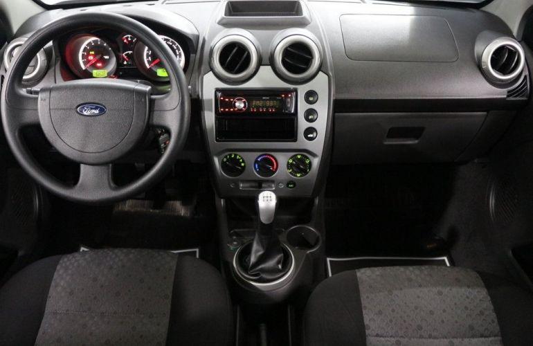 Ford Fiesta 1.6 MPI 16V Flex - Foto #8