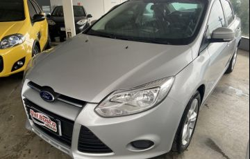 Ford Focus Sedan 2.0 16V (Aut)
