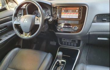 Mitsubishi Outlander 3.0 Gt 4x4 V6 24v - Foto #10