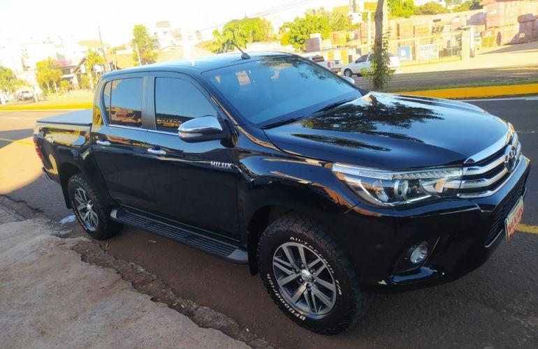 Toyota Hilux 2.8 TDI CD SRX 4x4 (Aut) - Foto #1