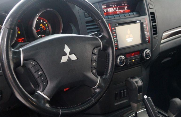 Mitsubishi Pajero 3.2 DI-D S 4WD HPE (Aut) - Foto #10