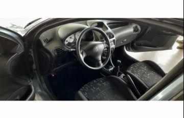 Peugeot 206 Hatch. Feline 1.6 16V (flex)
