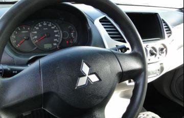 Mitsubishi L200 Triton 3.2 GL 4x4 CD 16V Turbo Intercoler - Foto #7