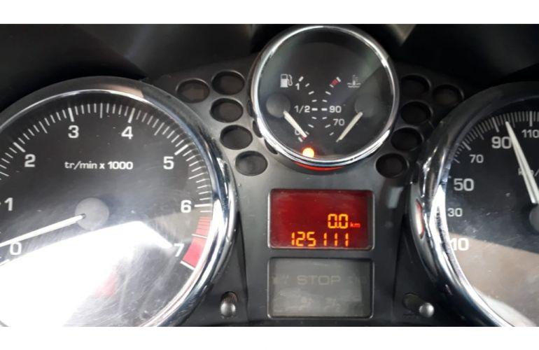 Peugeot 207 Hatch XS 1.6 16V (flex) (aut) - Foto #10