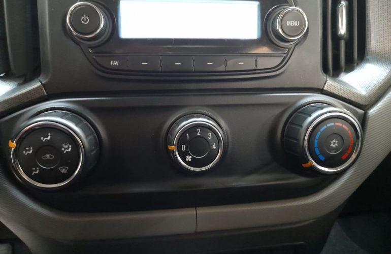 Chevrolet S10 2.8 LS 4x4 CD 16V Turbo - Foto #8
