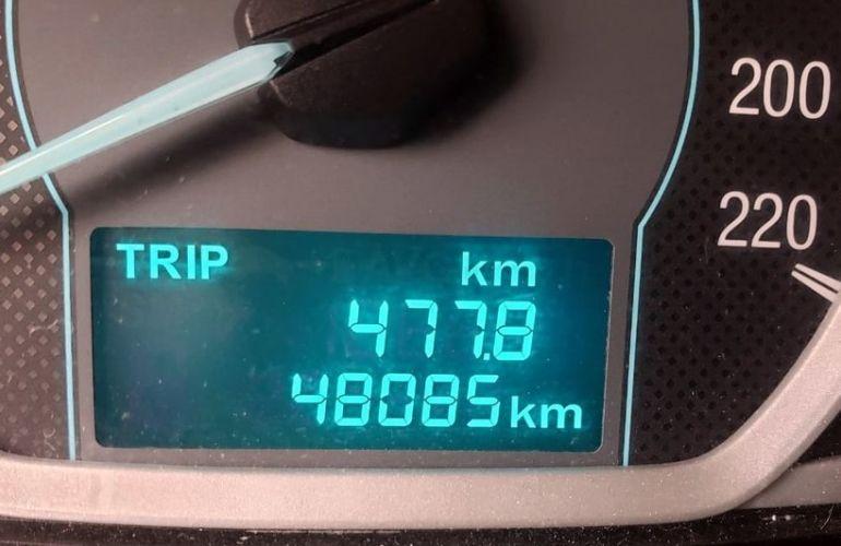 Ford Ka + 1.5 Sigma Se - Foto #2