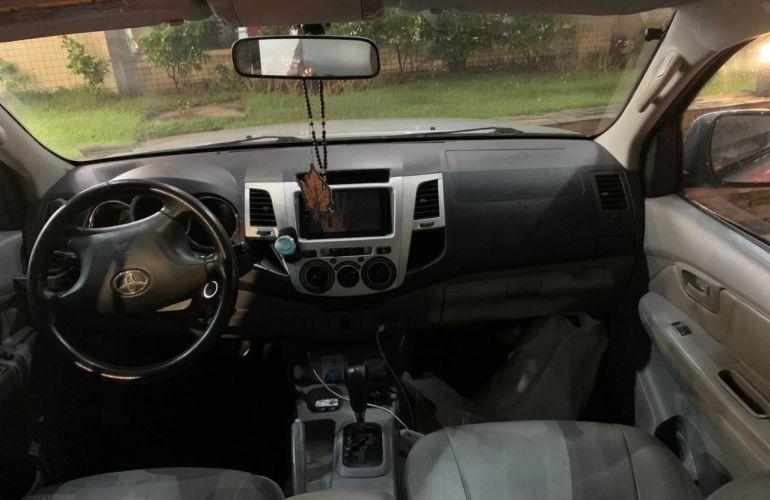 Toyota Hilux SR 4X2 2.7 16V (cab. dupla) (aut) - Foto #8