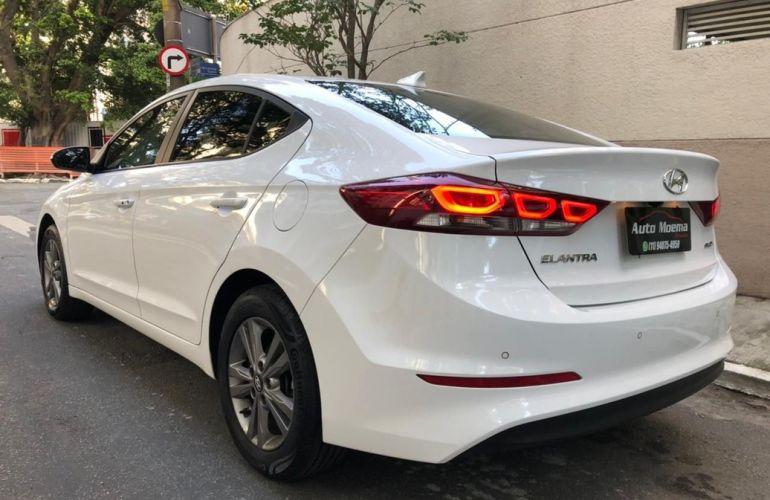 Hyundai Elantra 2.0 16V Special Edition - Foto #5