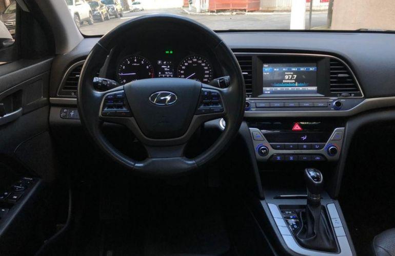 Hyundai Elantra 2.0 16V Special Edition - Foto #9
