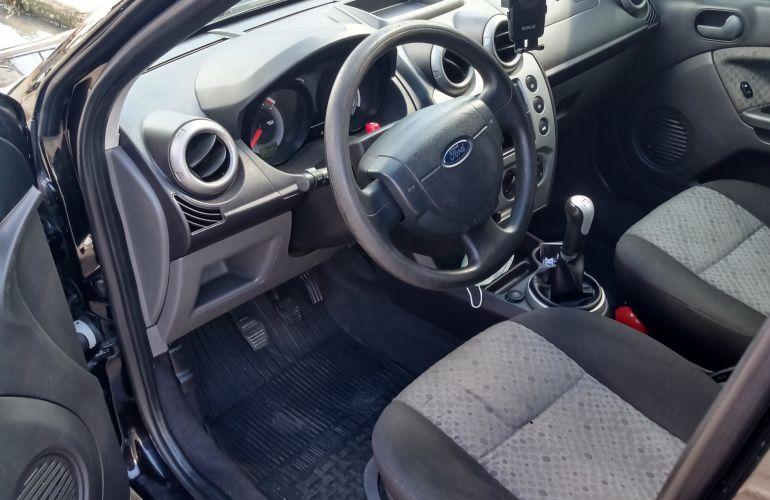 Ford Fiesta Hatch SE Plus 1.0 RoCam (Flex) - Foto #3