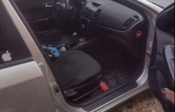 Kia Cerato EX 1.6 16V (aut) - Foto #9