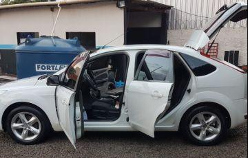 Ford Focus Hatch GLX 1.6 16V (Flex) - Foto #8