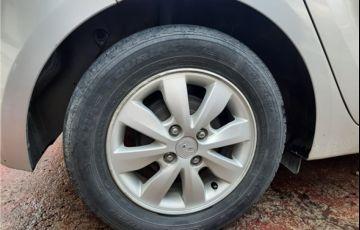 Hyundai Hb20 1.6 Comfort Plus 16V Flex 4p Automático - Foto #8