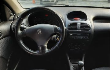 Peugeot 206 1.0 Selection 16V Gasolina 4p Manual - Foto #9
