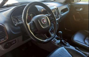 Fiat Toro 2.0 16V Turbo Volcano 4wd - Foto #3