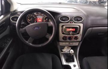 Ford Focus 2.0 Glx Sedan 16v - Foto #8