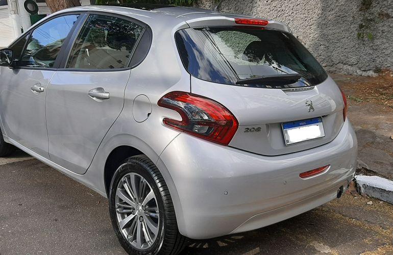 Peugeot 208 1.6 Griffe (Aut) - Foto #7