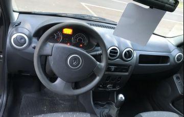 Renault Logan Authentique Plus 1.0 16V (flex) - Foto #5