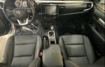 Toyota Hilux 2.8 TDI CD SRX 4x4 (Aut) - Foto #3