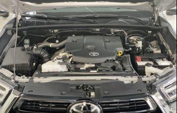 Toyota Hilux 2.8 TDI CD SRX 4x4 (Aut) - Foto #7