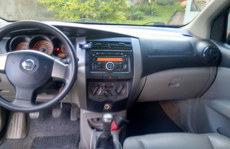 Nissan Livina Night & Day 1.6 16V (flex) - Foto #2