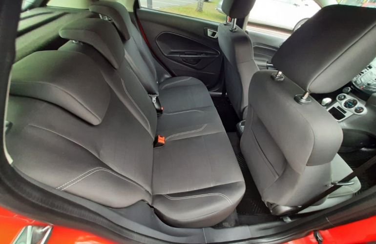 Ford Fiesta 1.6 SEL Hatch 16v - Foto #8