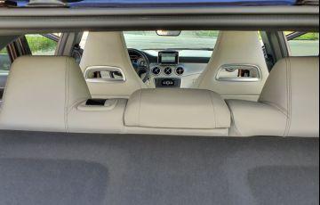 Mercedes-Benz GLA 200 Advance - Foto #4