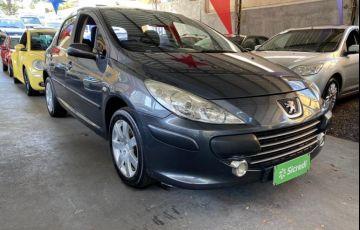 Peugeot 307 Hatch. Presence Pack 2.0 16V (aut) (flex)