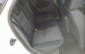 Ford Focus Hatch GL 1.6 16V (Flex) - Foto #7