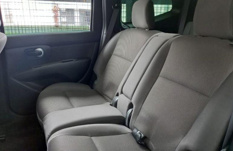 Nissan Grand Livina 1.8 S 16v - Foto #9