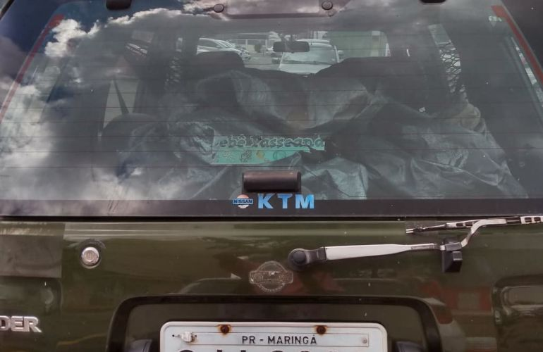 Nissan Pathfinder SE 4x4 3.0 12V - Foto #1