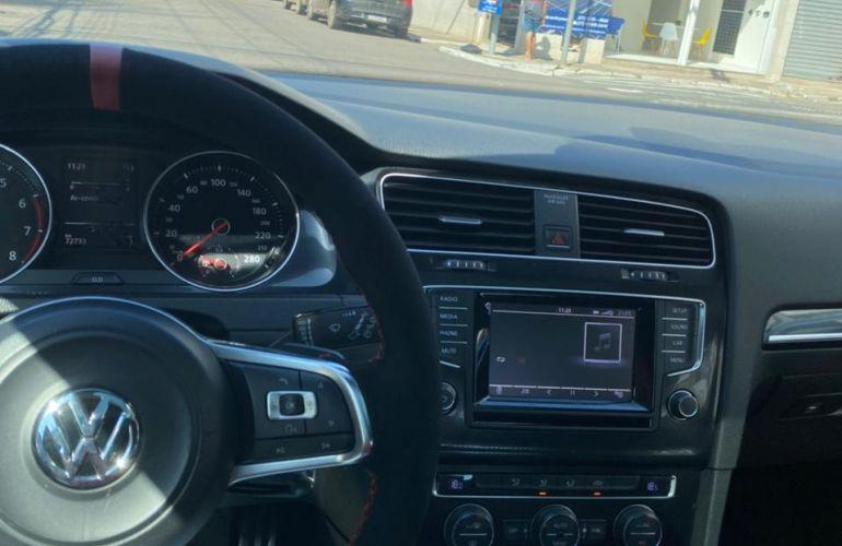 Volkswagen Golf GTI 2.0 TSi DSG - Foto #3