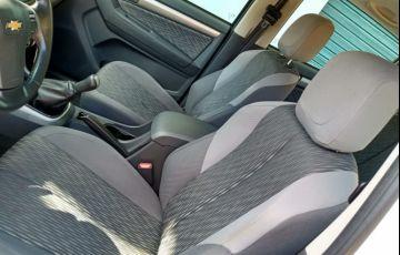 Chevrolet S10 2.4 Advantage (Cabine Dupla) - Foto #6