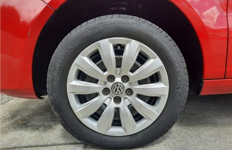 Volkswagen Fox 1.6 Mi 8V Flex 4p Automatizado - Foto #8